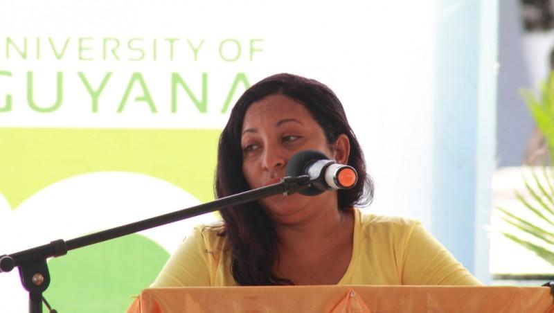 Dr. Paloma Mohamed