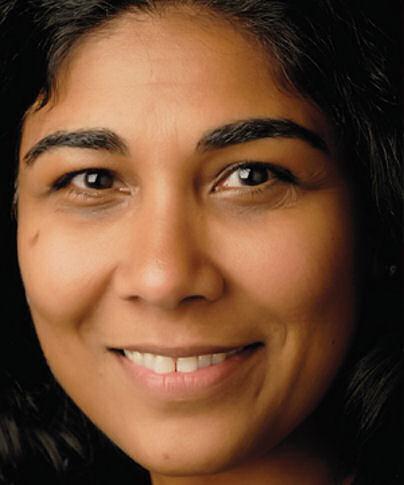 Pulitzer Prize Photographer, Nikki Kahn
