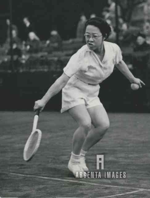 1953 Tennis Player Gem Hoahing at tJe Junior Tennis Championship