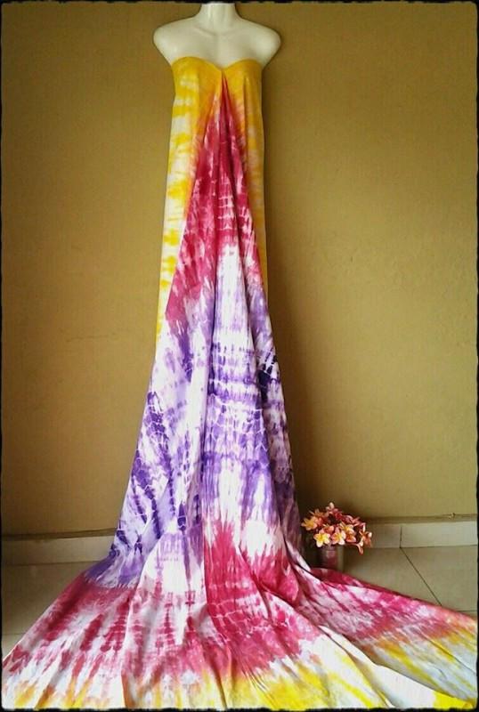 Hand dyed and printed Fabric made of Burundi cotton