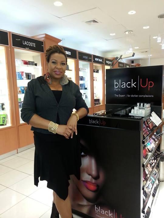 Makeup Artist Paulla De Souza