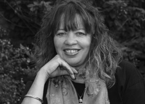 Author, Maggie Harris